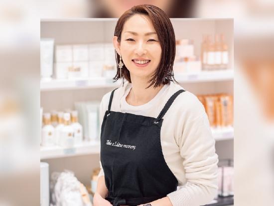 鈴木麻奈美さん