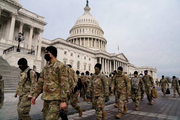 大統領就任式の2週間前、1月6日の米議事堂へのデモ隊乱入事件を受けて、警備体制が強化された(写真:ロイター/アフロ)