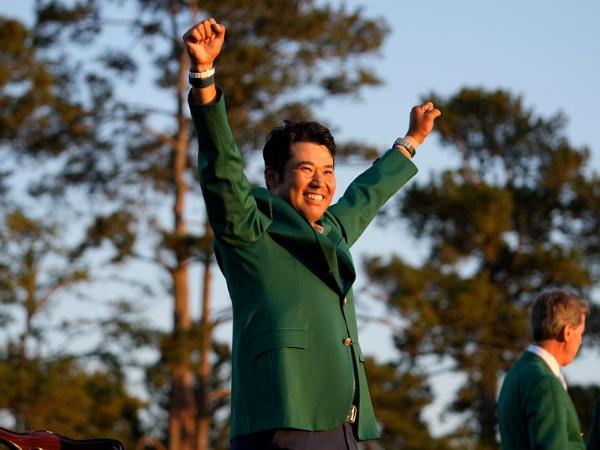 2021年4月に米ジョージア州のオーガスタ・ナショナルGCで行われたマスターズ・トーナメントで、日本勢として初優勝を飾った松山英樹選手。(写真:AP/アフロ)