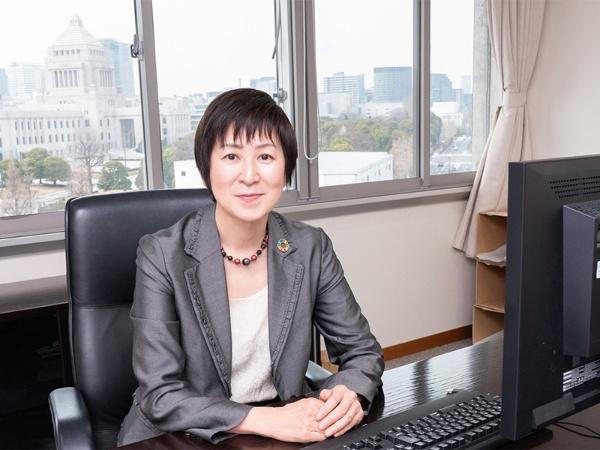 伊藤明子消費者庁長官