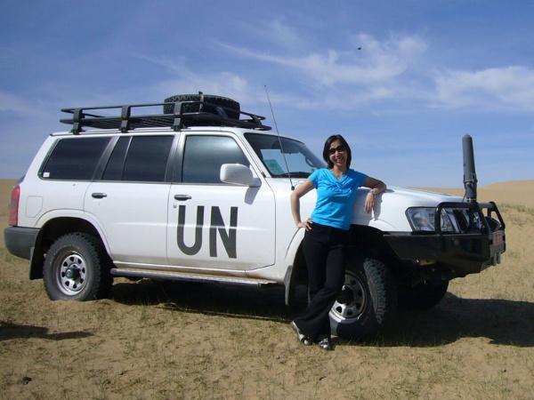 出張で訪れたモンゴルのゴビ砂漠にて