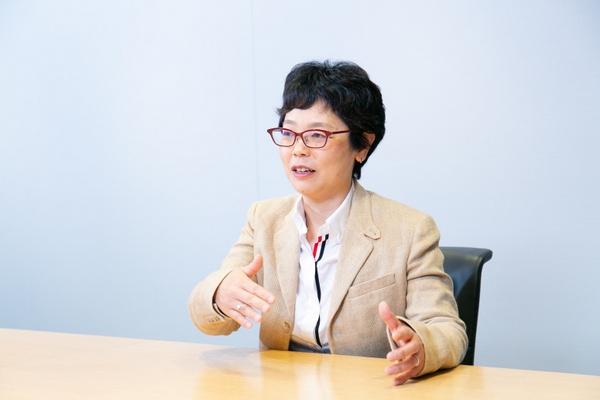 「SAPジャパンに入社して半年ぐらいは、使う筋肉がまったく違う、という感じがしていました」(石山さん)