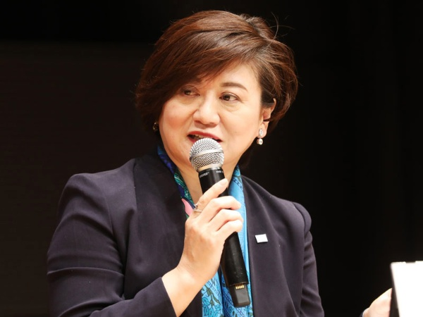 「日本の社会には、男性社会の成功体験で出来上がった『空気』というのもが根付いてしまっています」(ポーラ社長・及川さん)