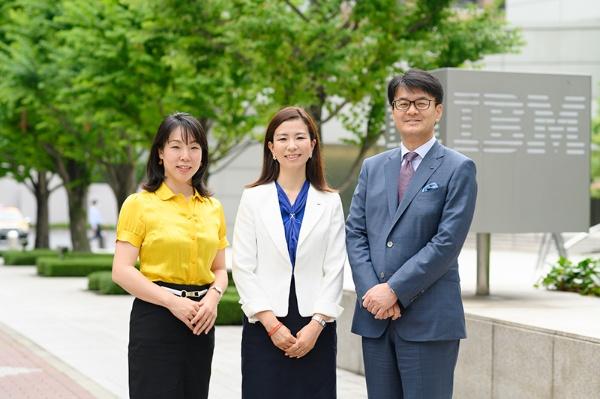 右から、日本IBM代表取締役社長  山口明夫さん、日本IBMデジタルサービス代表取締役社長 井上裕美さん、日経xwoman総編集長 羽生祥子