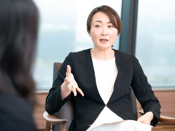 デロイトトーマツコンサルティングのジェンダー・ストラテジー・リーダーであり、「30%クラブ・ジャパン」創設者である、只松美智子さん