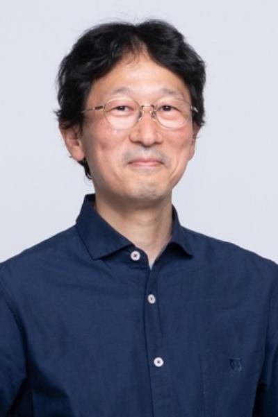 稲垣純也さん(カメラマン)1970年愛知県生まれ東京在住。篠山紀信氏に師事。2002年独立。雑誌やWebを中心に主に人物撮影。得意分野は女性ポートレイト